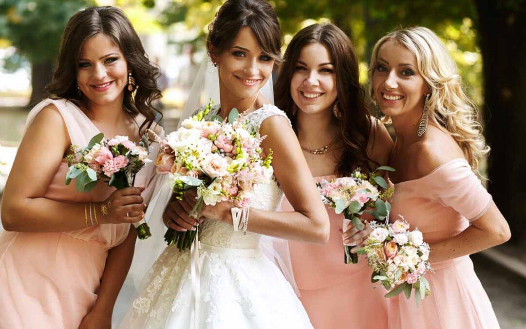 Skab det perfekte brude pige outfit fra top til tå