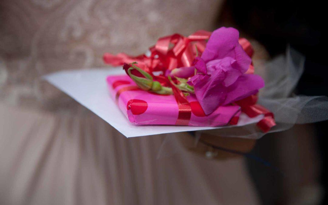 Find den perfekte gave til det kommende brudepar