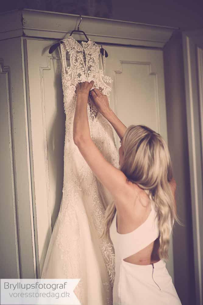 Farvede brudekjoler