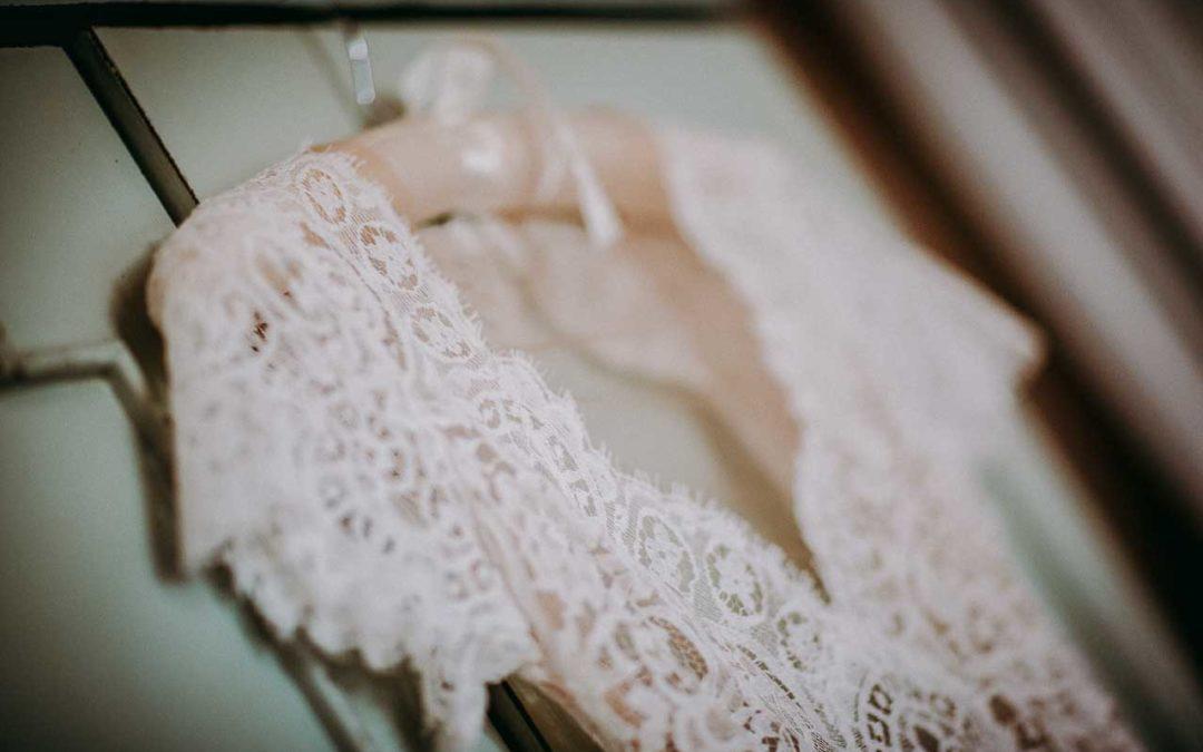 Sådan finder du den helt rigtige brudekjole og opnår det perfekte brude-look